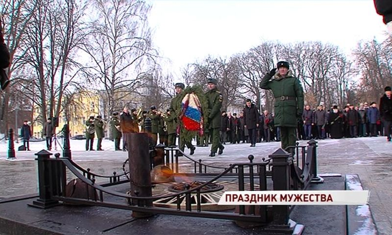 В Ярославле торжества в честь Дня защитника Отечества начались на день раньше