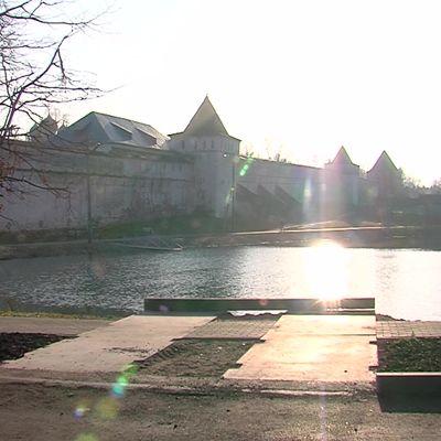 В поселке Борисоглебском благоустроили сквер и реконструировали территорию вокруг пруда