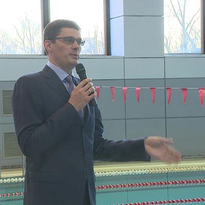 Четырехкратный олимпийский чемпион по плаванию Александр Попов пообщался с юными спортсменами