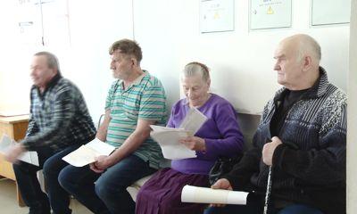 Пенсионеров из села Ильинское-Урусово доставили в Гаврилов-Ямскую поликлинику на диспансеризацию