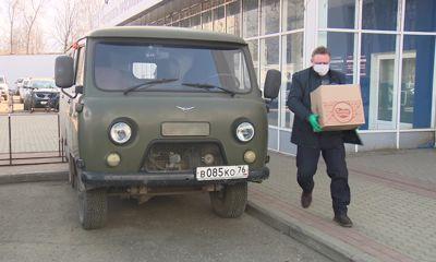 Волонтеры предприятий региона доставляют продукты своим ветеранам труда