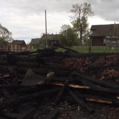 Пожар, в котором погибли трое детей, мог начаться из-за неосторожного обращения с огнем