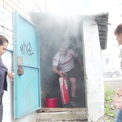 Мастер спорта по тяжелой атлетике помог потушить пожар в подвале многоэтажки