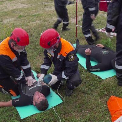 На Центральном пляже прошли учения спасателей: по какому сценарию развивались события