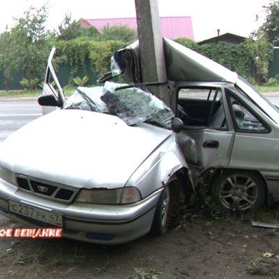26–летний ярославцу зажало ноги в ДТП на улице Шевелюха