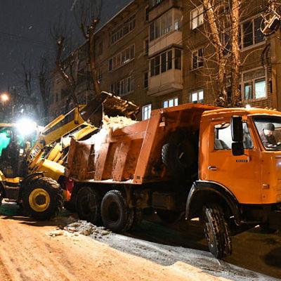 Дмитрий Миронов потребовал привести в порядок улицы Ярославля в кратчайшие сроки