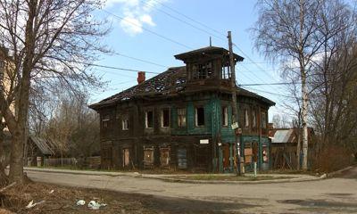 Программа «Спецкор»: в Ярославле разрушается памятник архитектуры XIX века