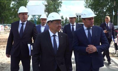 Министр строительства и ЖКХ России лично выдал разрешение на ввод в эксплуатацию дома на Фрунзе, 77 в Ярославле