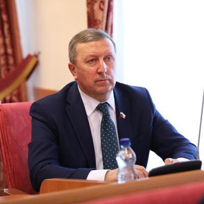 Сенатор Сергей Березкин прокомментировал итоги пятилетней работы губернатора Дмитрия Миронова
