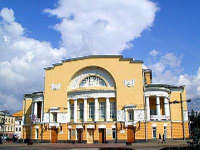 «Поминальная молитва» в Волковском театре Видео