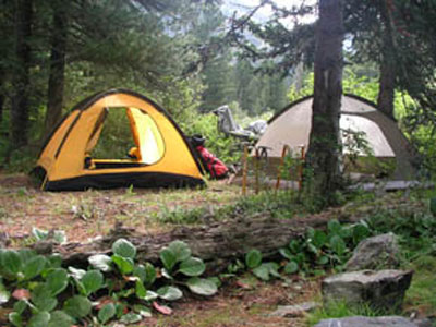 Загорелась туристическая палатка