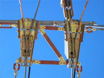 Обрыв троллейбусных проводов на Нефтестрое Видео
