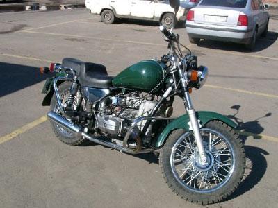 УАЗ и мотоцикл не поделили дорогу