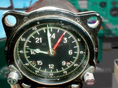 Радиоактивные часы