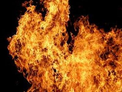 Мать не смогла вытащить сына из огня