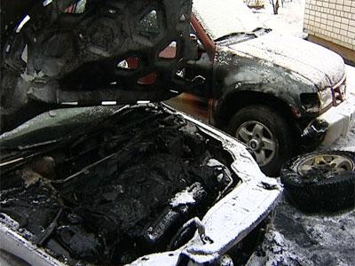 Сгорели два автомобиля