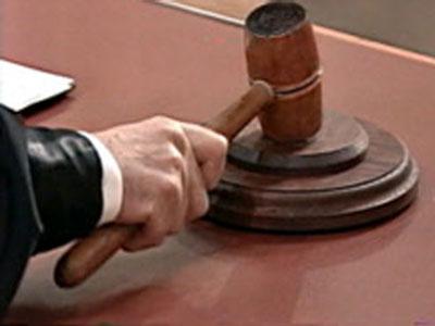 Рабочий завода «Славич» предстал перед судом