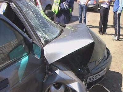 Авария на Тормозном шоссе: водитель снова врезался в столб