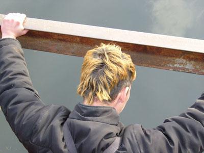 Прыжок с Октябрьского моста