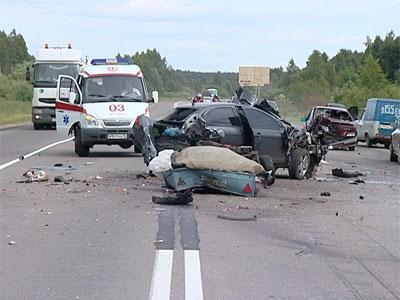 Столкнулись три автомобиля