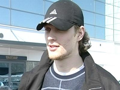 Антропов остается в НХЛ