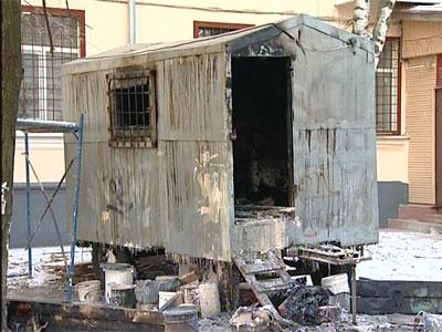 Загорелся строительный вагончик