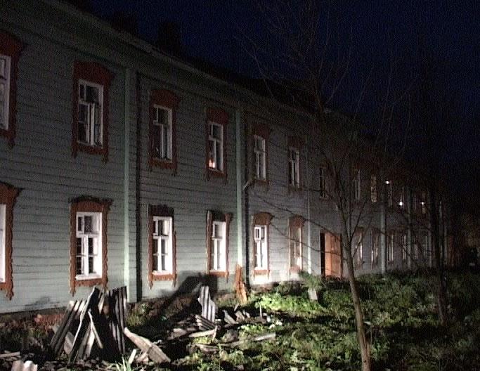 В Красных Ткачах сгорел дом, погиб человек