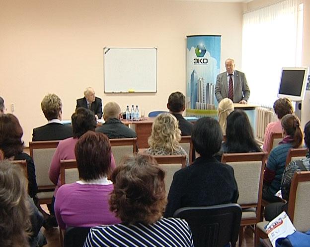 Андрей Кокошин займется решением социальных проблем