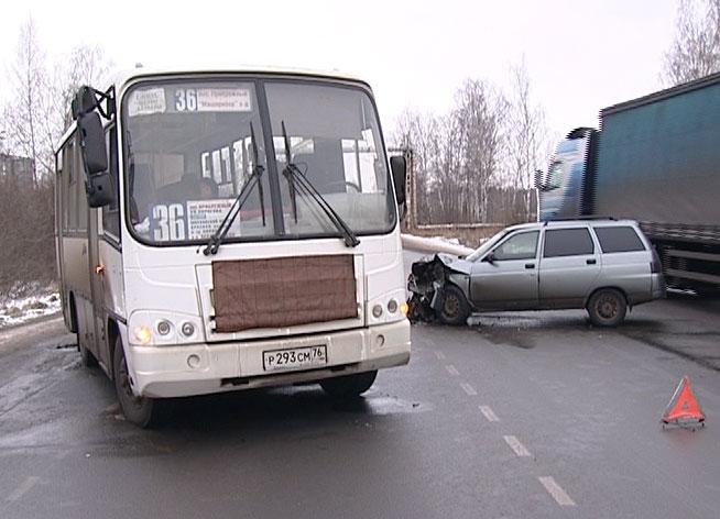 ДТП на Костромской автодороге.