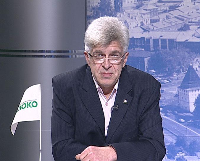Александр Симон не согласен со снятием с поста