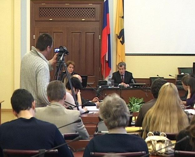 Выборы губернатора пройдут в 2012 году?