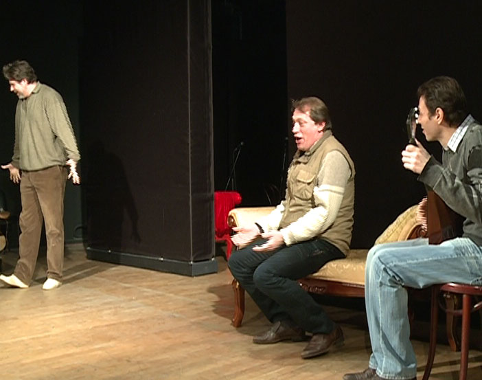Спектакли на камерной сцене Волковского