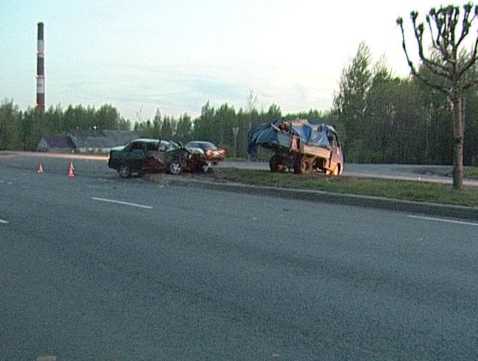 Авария на въезде в Ярославль