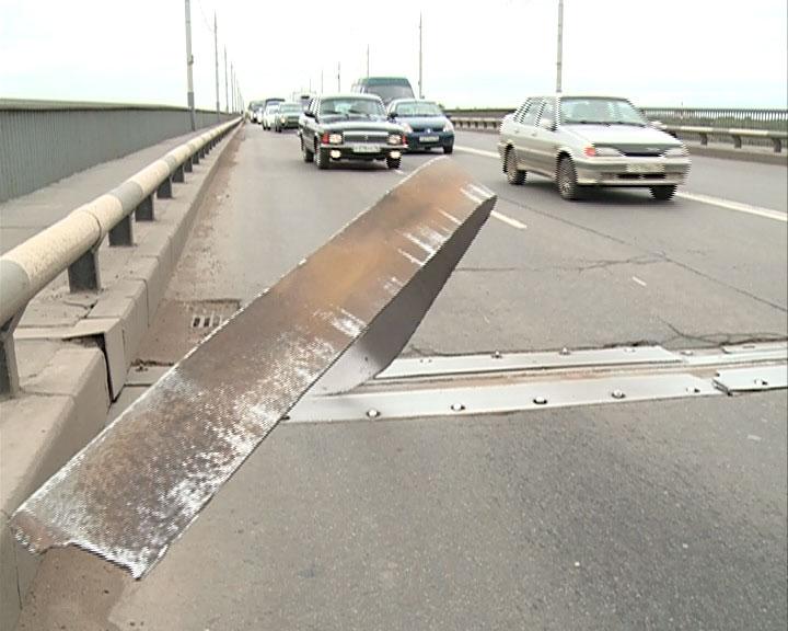 Октябрьский мост могут закрыть?