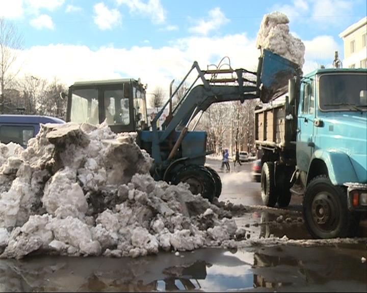 Техника должна быть готова к уборке снега уже через неделю