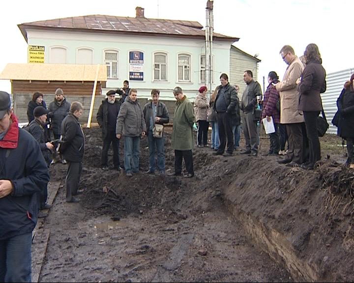 Раскопки на земляных валах в Ростове Великом незаконны