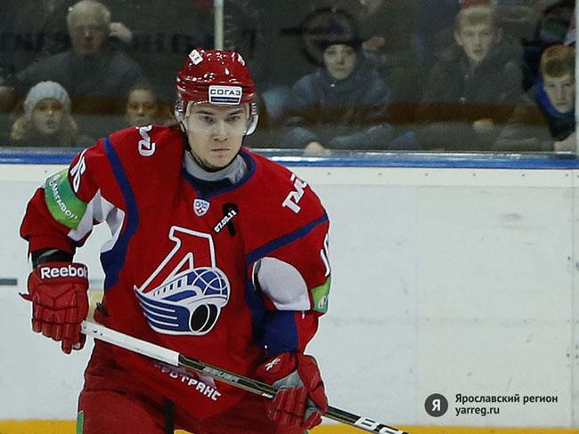 Нападающий Сергей Плотников продлил контракт с «Локомотивом»