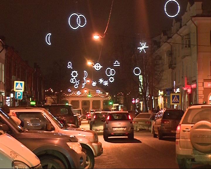Ярославль засверкал новогодними огнями