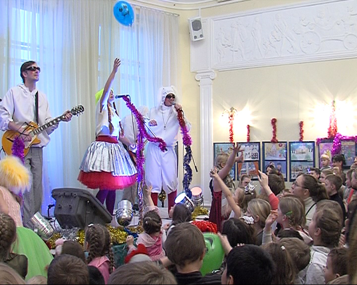 Новогодний концерт в Волковском театре