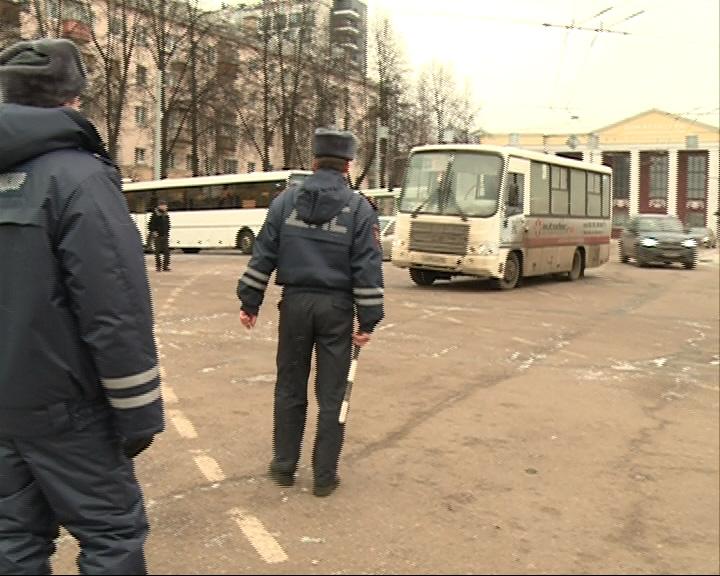 Ярославцев перевозят неисправные автобусы