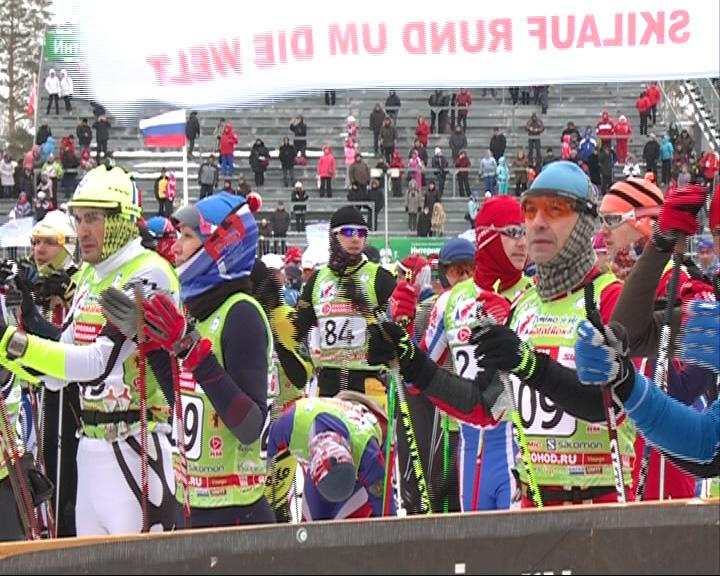 Борьба участников марафона за номера удачи