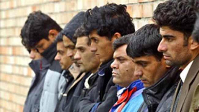Полицейские не допустили побега таджиков из центра временного содержания иностранцев