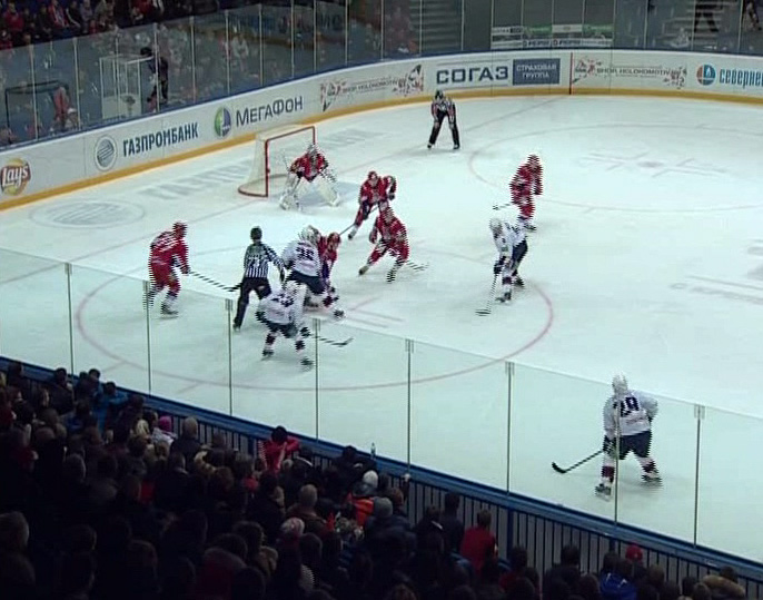 Атака команды «Торпедо» была сильнее обороны «Локомотива»