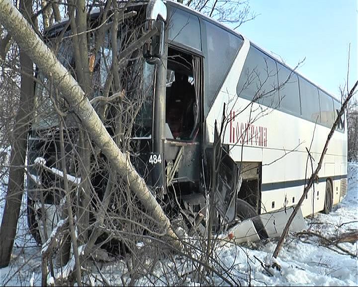 Под Переславлем в аварию попал рейсовый автобус