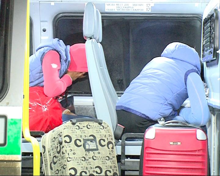 Две негритянки депортированы на родину