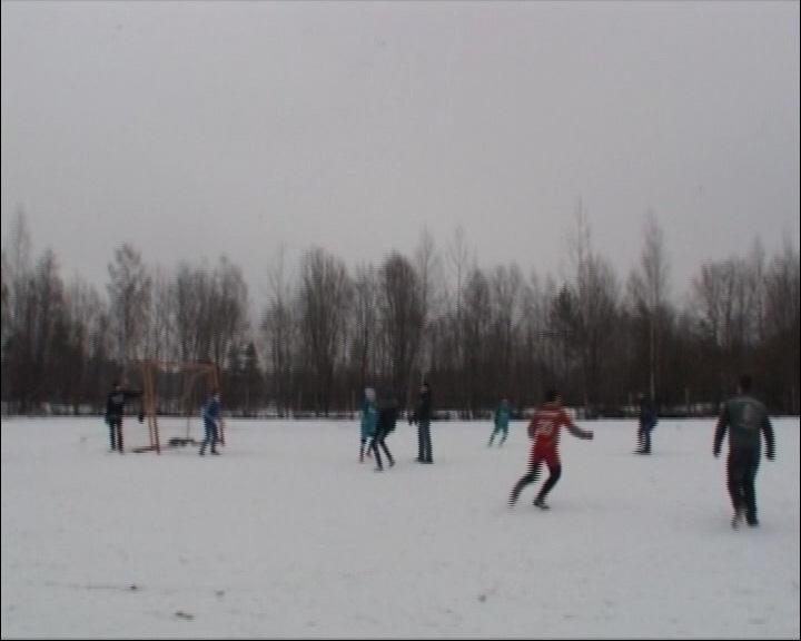 В детском доме состоялся товарищеский матч по футболу с байкерским клубом