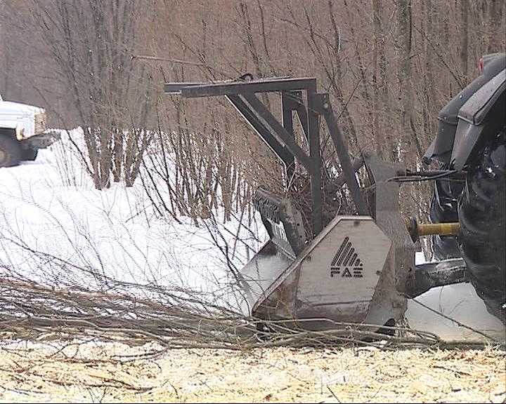 Сильные снегопады вывели энергетиков в село