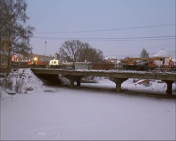 Закрытие моста через реку Трубеж дошло до суда