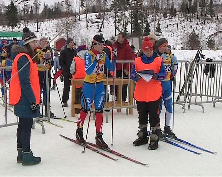 Сотрудники ФСИН приняли участие в лыжных гонках