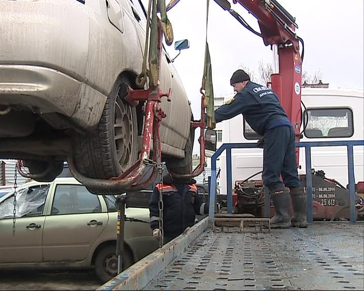 В центре Ярославля инспекторы ГАИ устроили эвакуацию